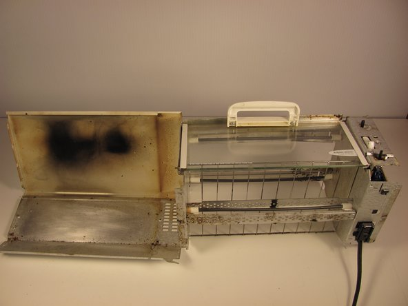 Now, you can clean the outside units of the toaster oven.
