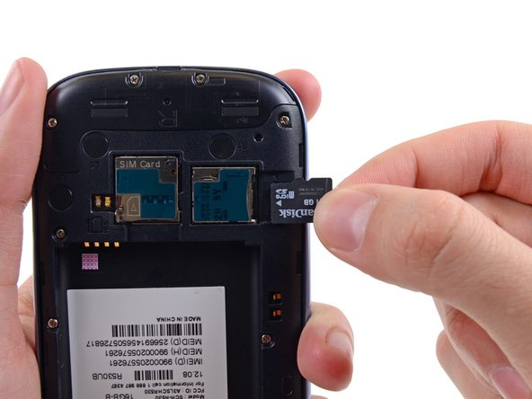 Samsung Galaxy S III microSD Card Replacement