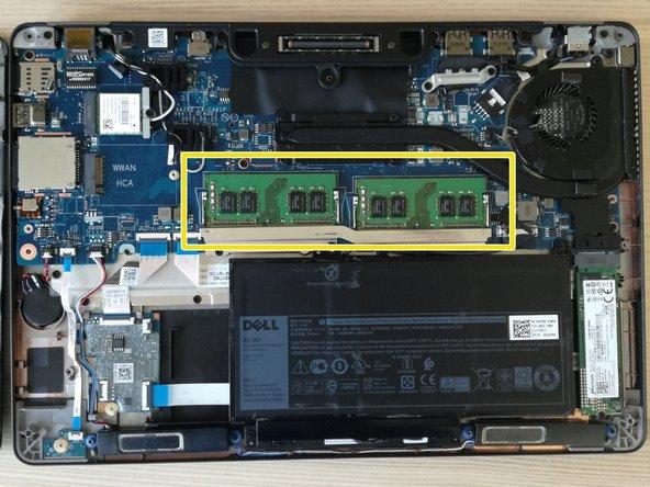 Attention, seul la mémoire DDR4 au format portable est compatible avec la carte mère de ce PC !