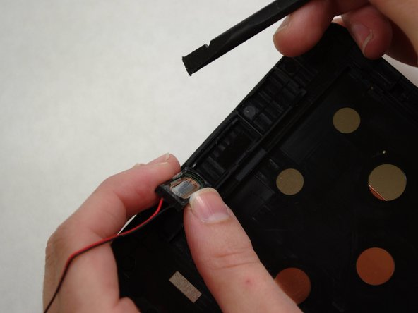Adhesive on the bottom of the speaker module may make it difficult to remove.