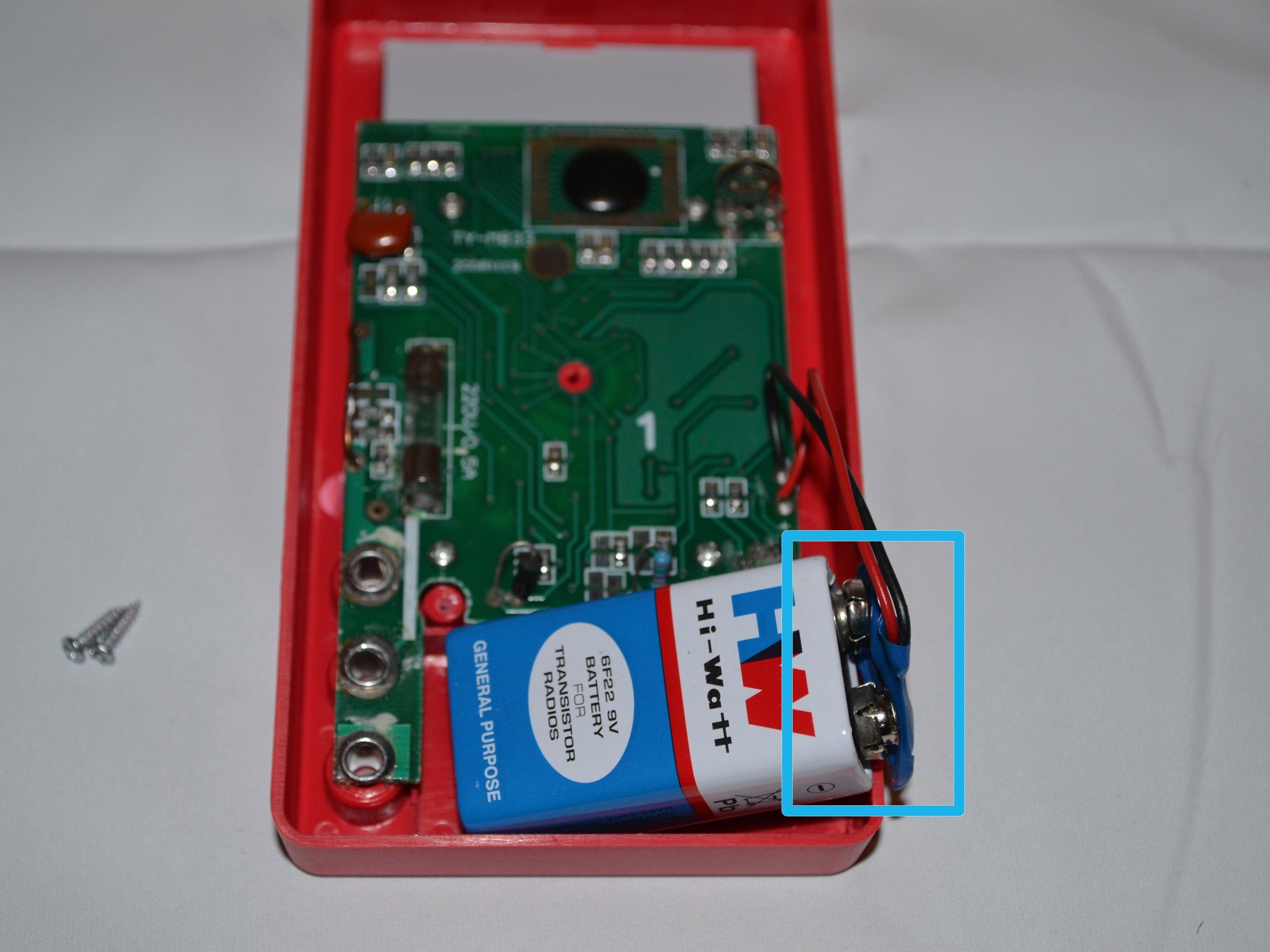 Cen-Tech Seven Function Digital Multimeter Battery Replacement
