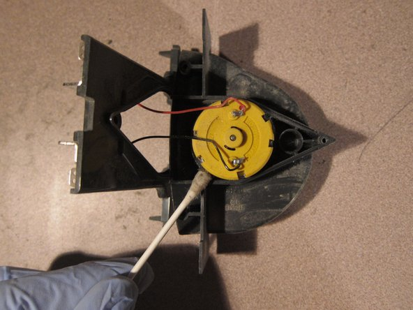 Carefully lift top from blower assembly. DO NOT DETACH WIRES.