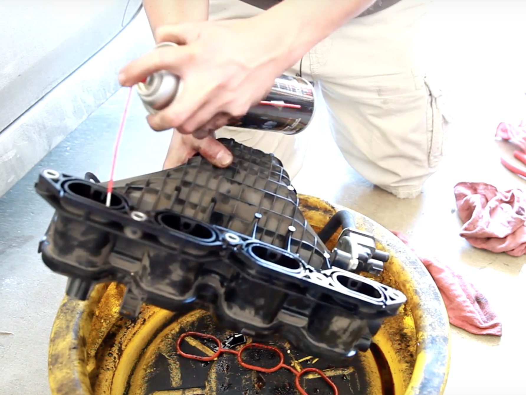 how to clean an intake manofold