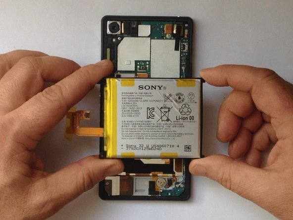 how to change battery in sony xperia