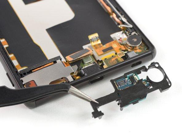 Remplacement de la carte fille du Sony Xperia Z4