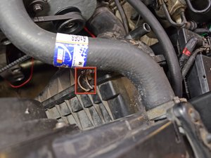 1986-1993 Volvo 240 Engine Air Filter Replacement (1986, 1987, 1988, 1989,  1990, 1991, 1992, 1993) - iFixit Repair Guide | Volvo 240 Fuel Filter Location |  | iFixit