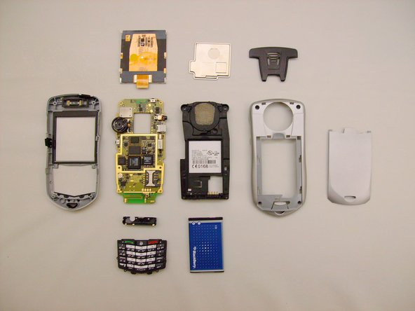 Here are all the parts of your Blackberry 7105t, fully disassembled.