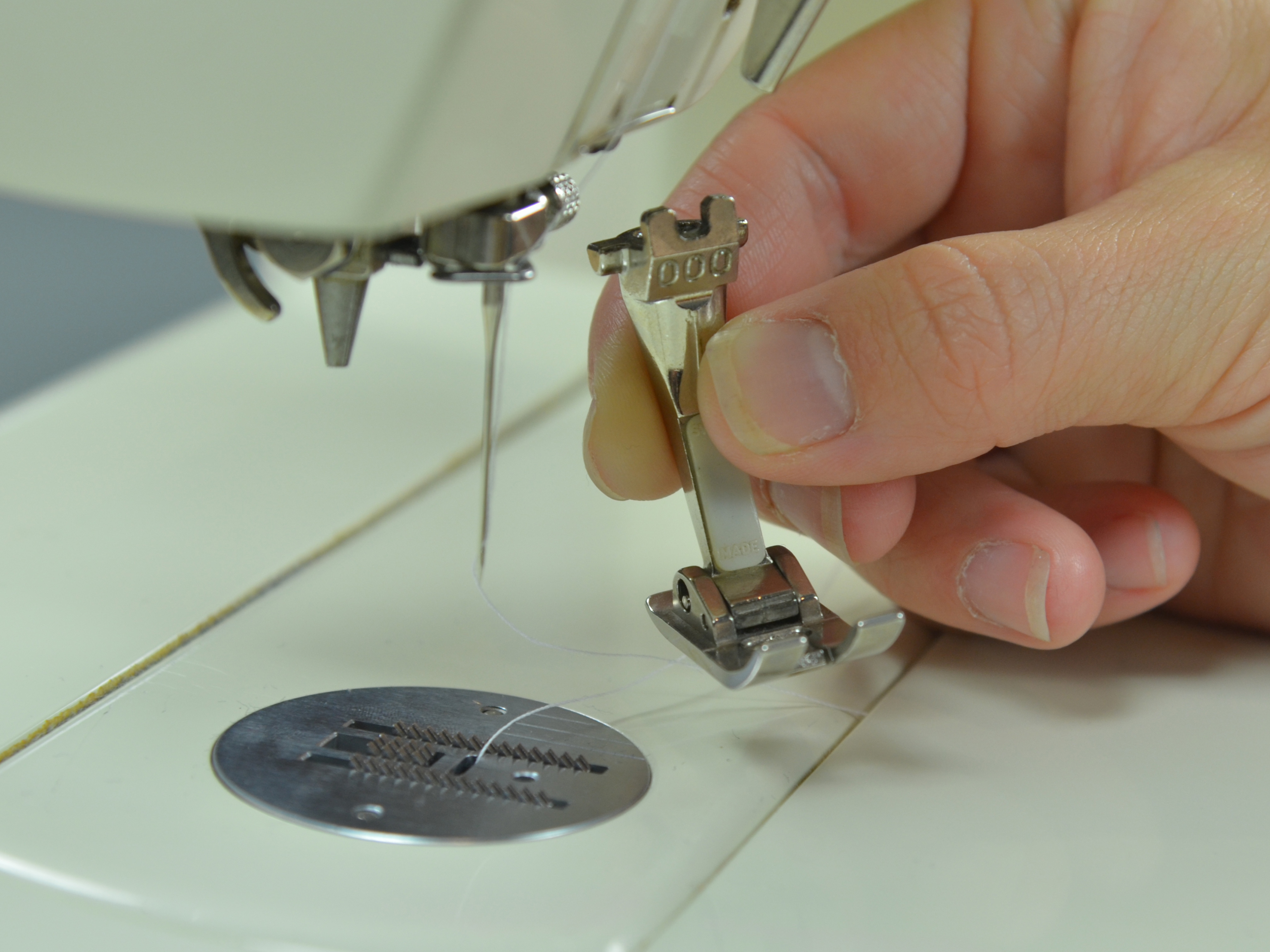 Change The Presser Foot On A Sewing Machine Ifixit Repair Guide Bernina 830 Threading Diagram