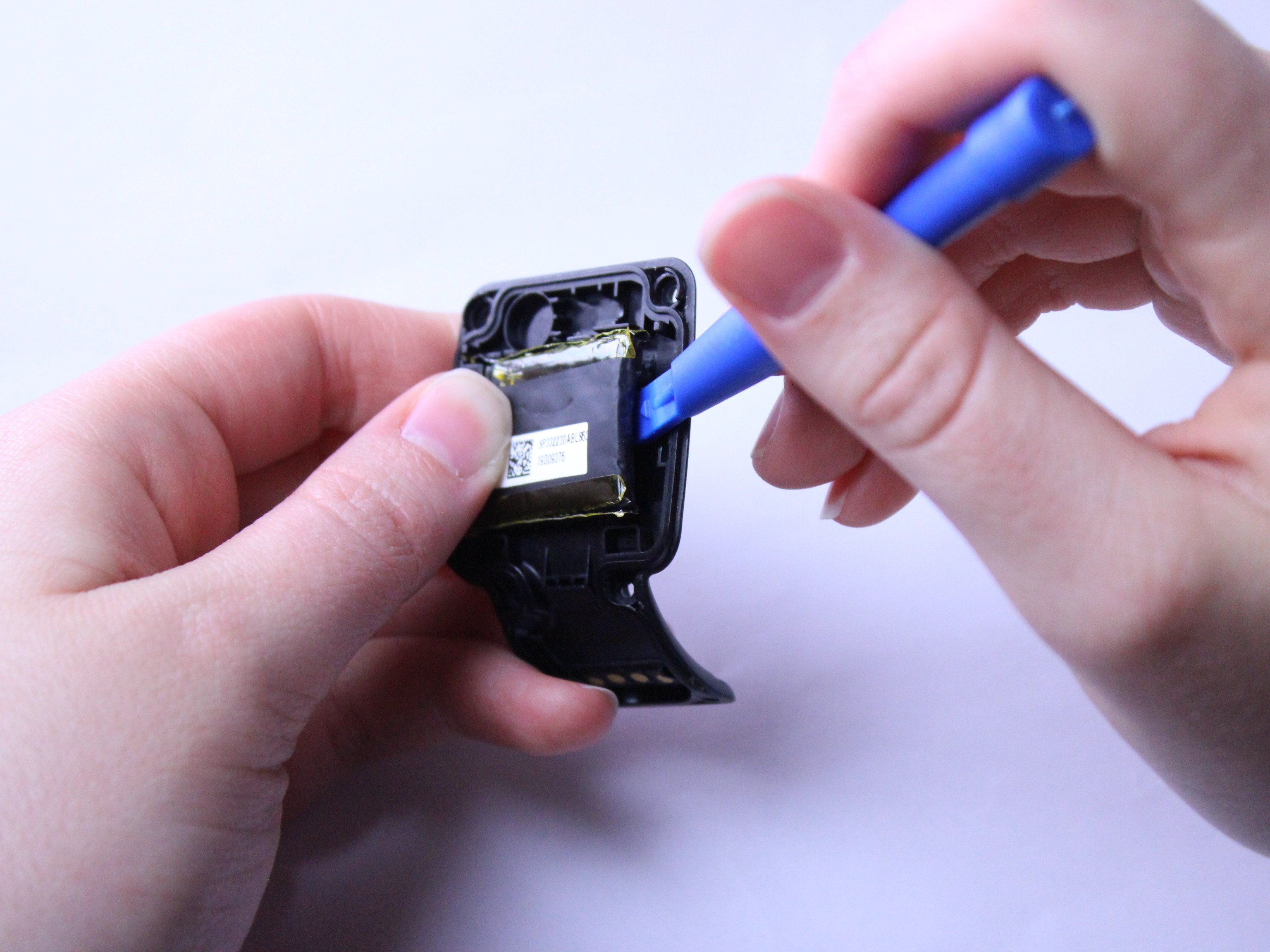 TomTom Runner Battery Replacement Guide - iFixit Repair Guide