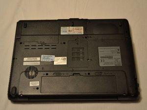 Toshiba Satellite A215 Teardown