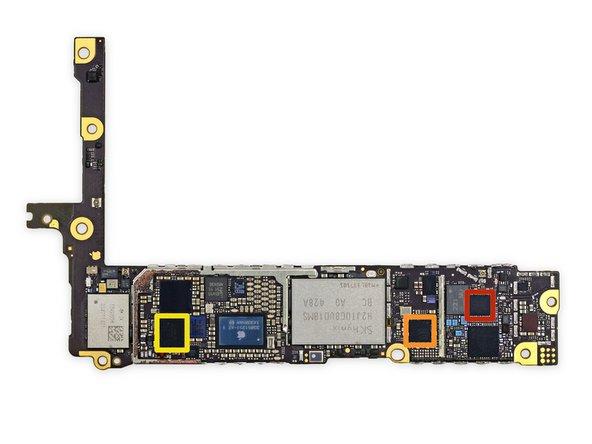 Altri IC sul retro della scheda logica.