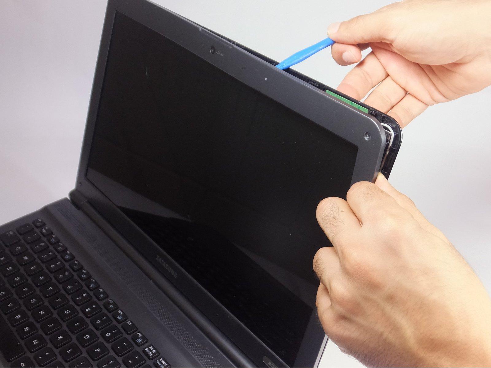 Замена экрана Samsung RC512