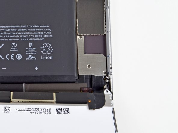 All this prying and disconnecting is reminding us a lot of our recent iPod Touch teardown. But remember, the Mini and the Touch are, in fact, different devices.