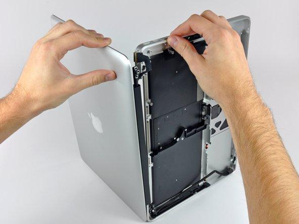 MacBook Pro (13 Zoll, Mitte 2009, Unibody) oberes Gehäuse austauschen