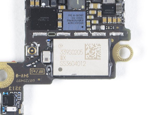 Contained within this module is the BCM4334, like we saw last year in the iPhone 5. It includes IEEE 802.11 a/b/g/n single-stream MAC/baseband/radio, Bluetooth 4.0 + HS, and an integrated FM radio receiver.
