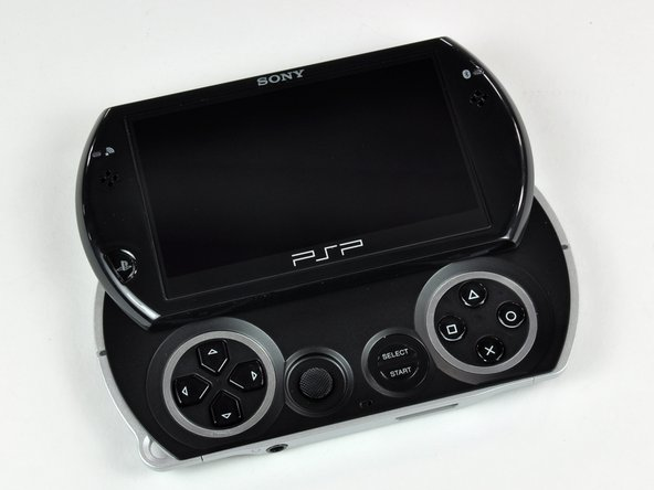 Image 2/3: Unlike previous PSP models, the PSP Go makes do with 16 GB of internal flash memory.