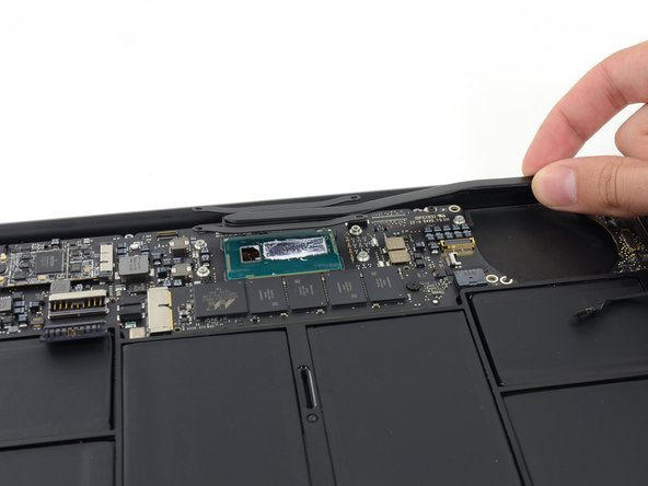 "MacBook Air 11"" Mid 2013 Heat Sink Replacement"