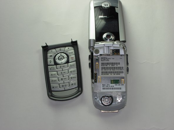 Motorola V710 Keyboard Replacement