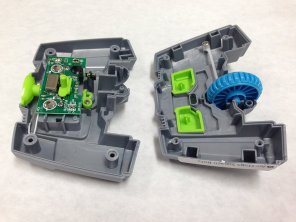 Some of the internal components may be displaced when opening the controller.