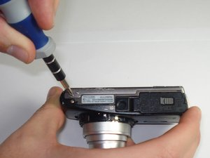 Disassembling Olympus Stylus 1010 Case