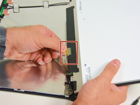 Image 1/2: Sie können nun den LCD Bildschirm auf die Arbeitsfläche ablegen.