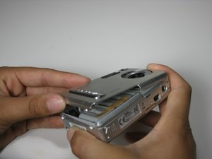 Disassembling Polaroid a520 Casing