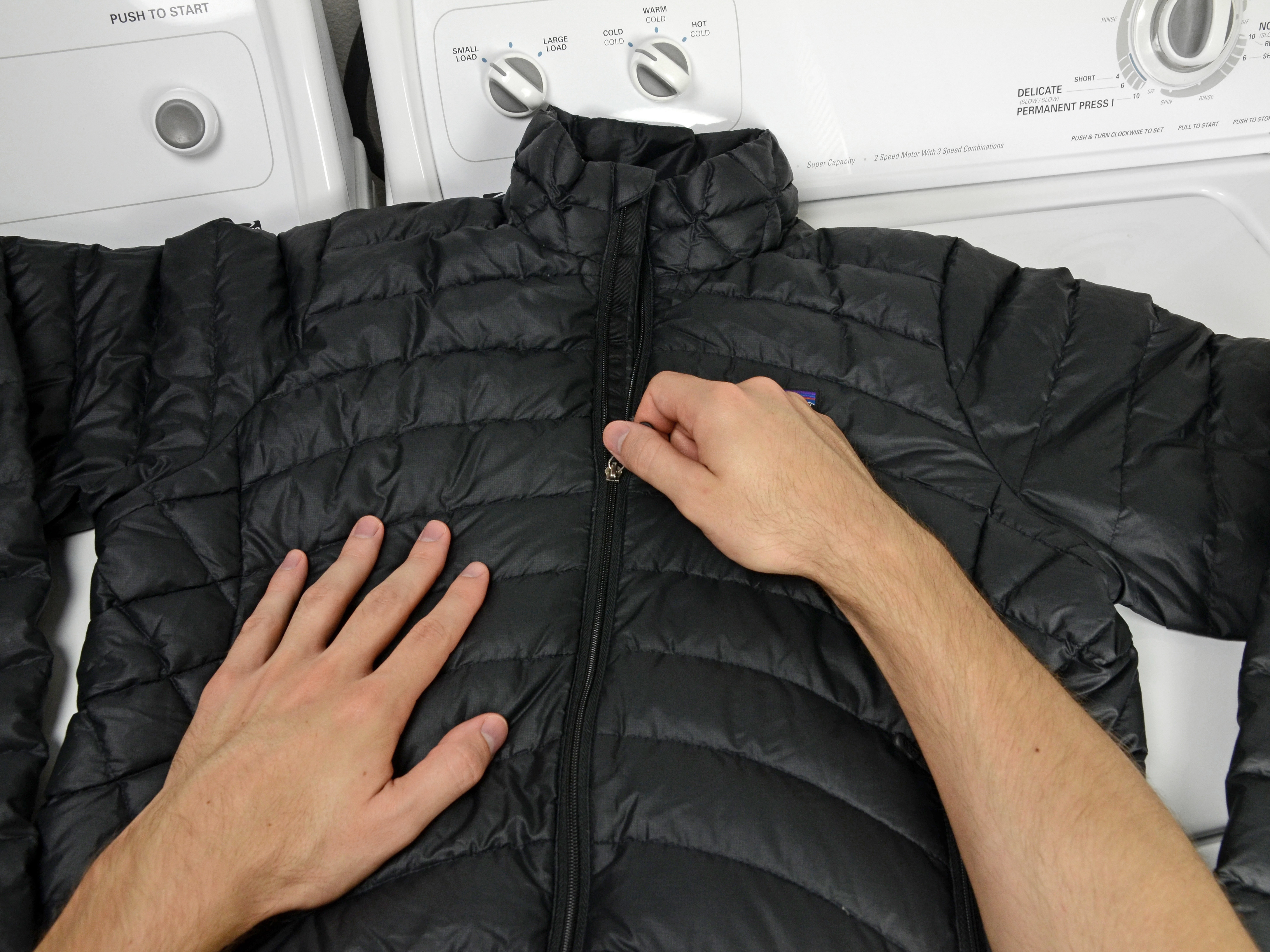 Uniqlo down jacket how to wash