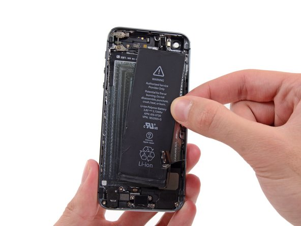 Image 2/2: When installing the battery, refer to [https://www.ifixit.com/Guide/iPhone+Battery+Adhesive+Strips+Replacement/56465|this guide] to replace your battery's adhesive strips.