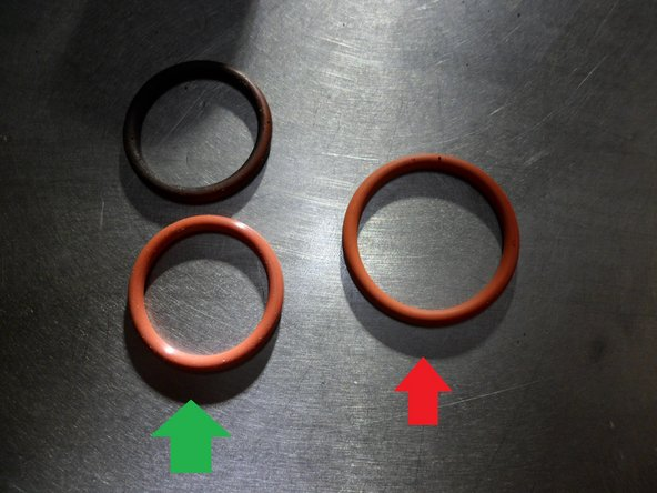 There are two types of O-rings. For this type of piston  you need the smaller.