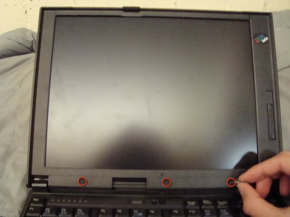Replacing IBM ThinkPad 560z Screen