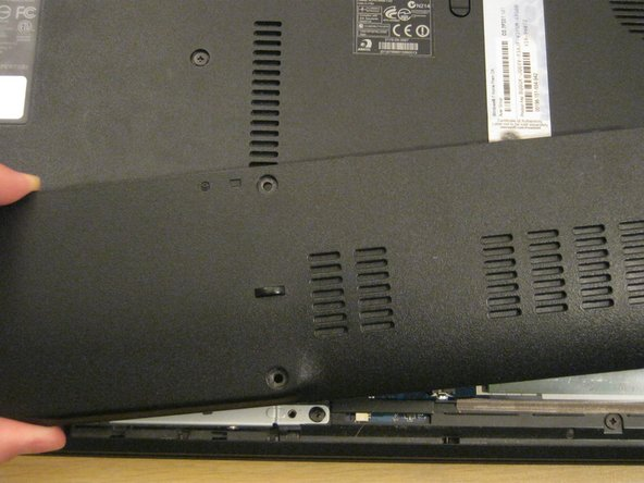 Acer Aspire 5742 Cover Panel Replacement