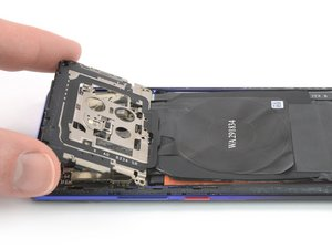 Cache de la carte mère avec NFC et bobine de charge