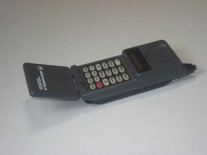 Motorola California Mobile Phone Teardown