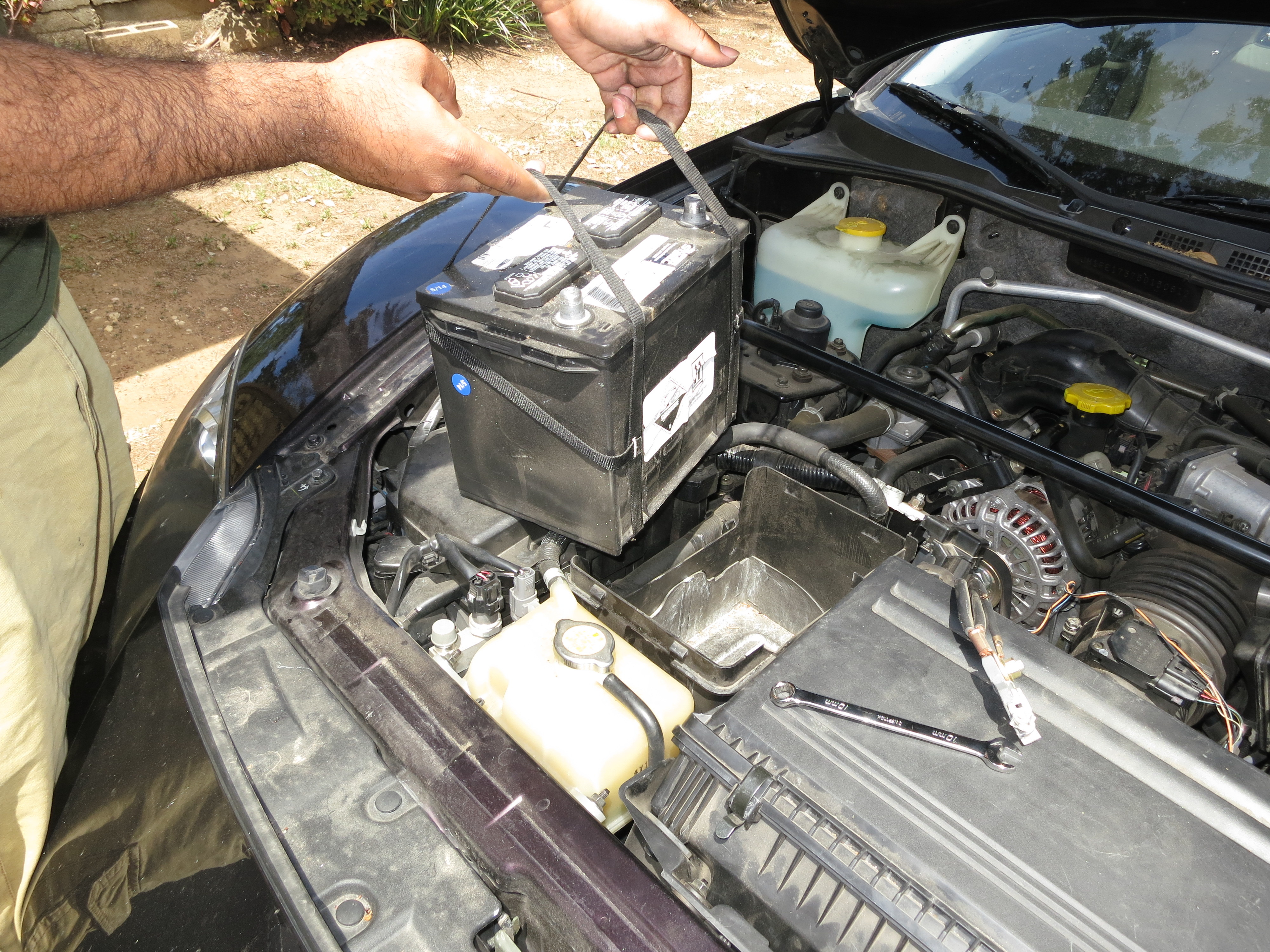 2004-2008 Mazda RX-8 Battery Replacement (2004, 2005, 2006, 2007 ...