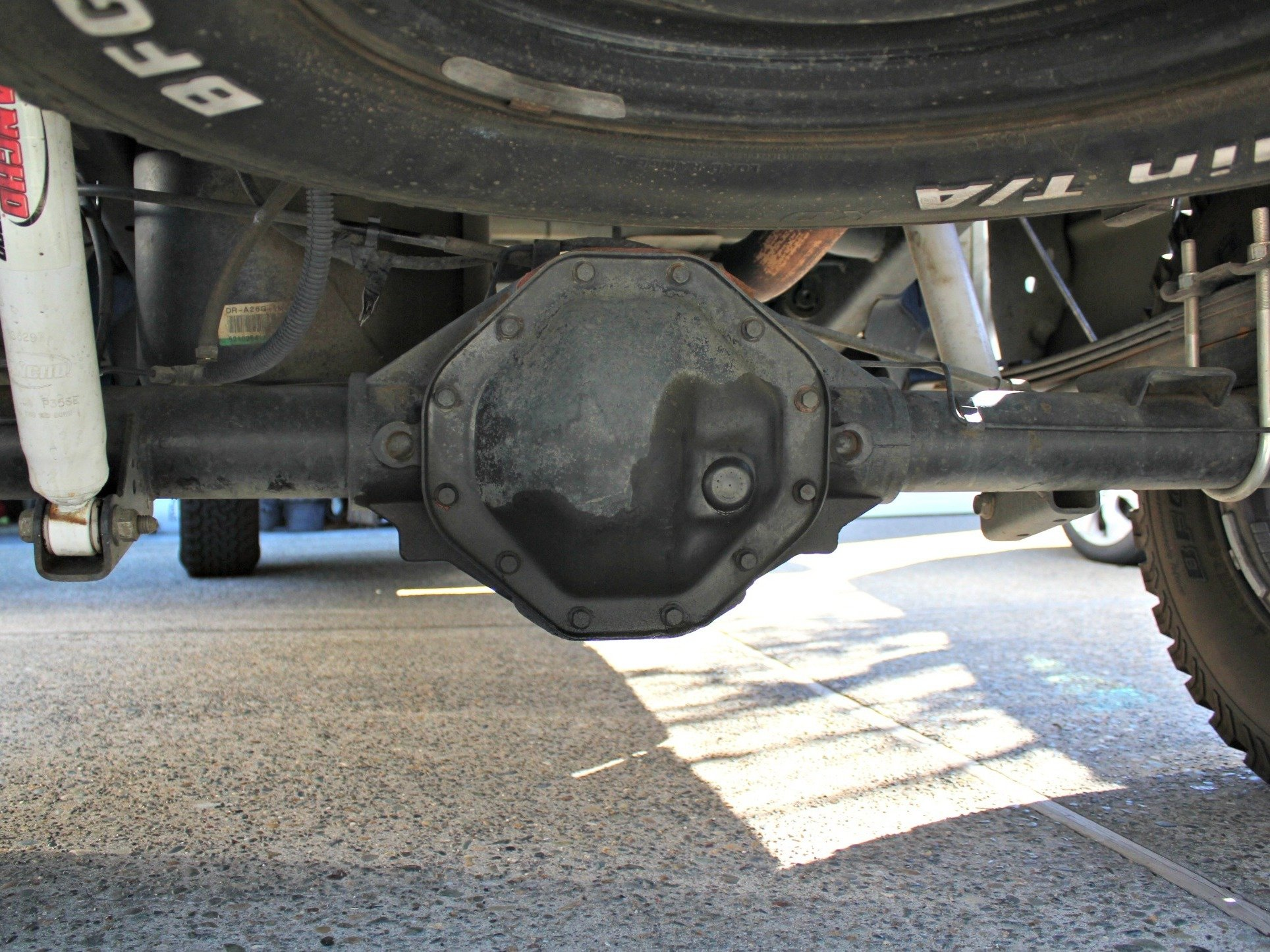 2004 dodge ram 1500 4x4 rear differential