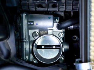 How to Clean Throttle Body 2009-2015 Toyota Prius