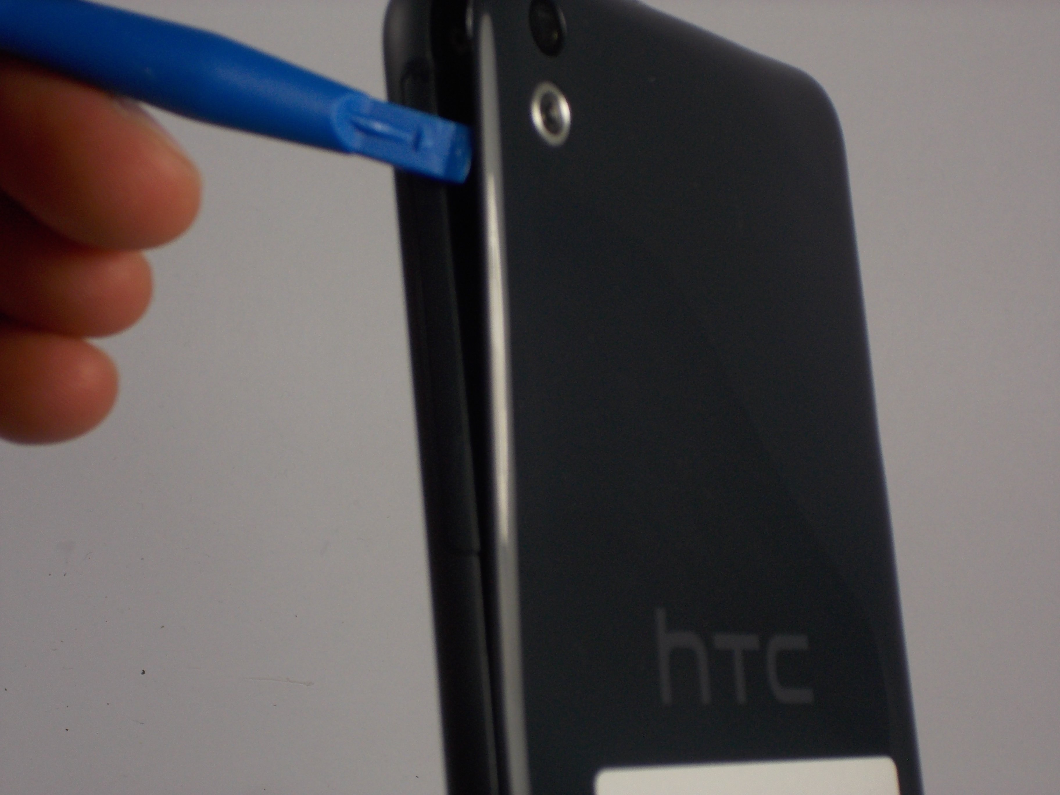 san francisco 98c27 f130e HTC Desire 816 Battery Replacement - iFixit Repair Guide