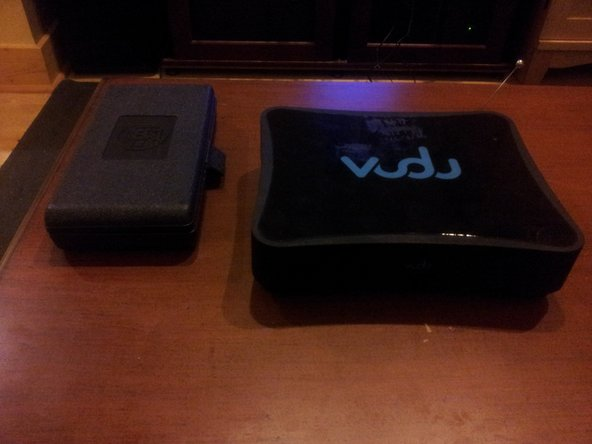 Here we have the VUDU BX100 (and beside it my handy dandy toolkit with all my Torx bits).