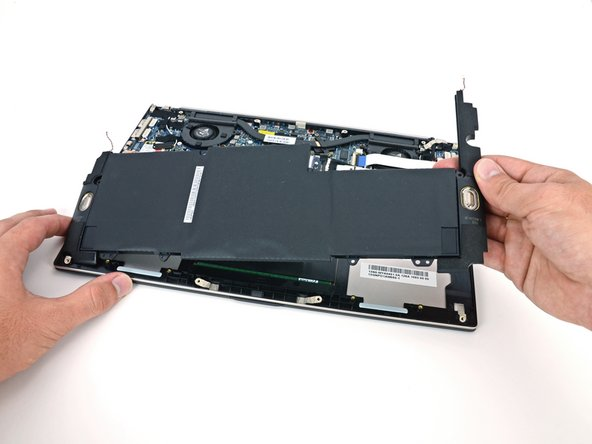Removing the battery in the Asus Zenbook UX32VD teardown