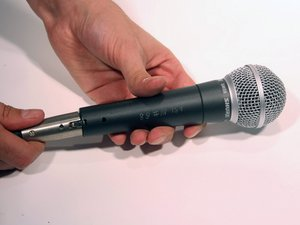 Unplugging Shure SM58 XLR Cable