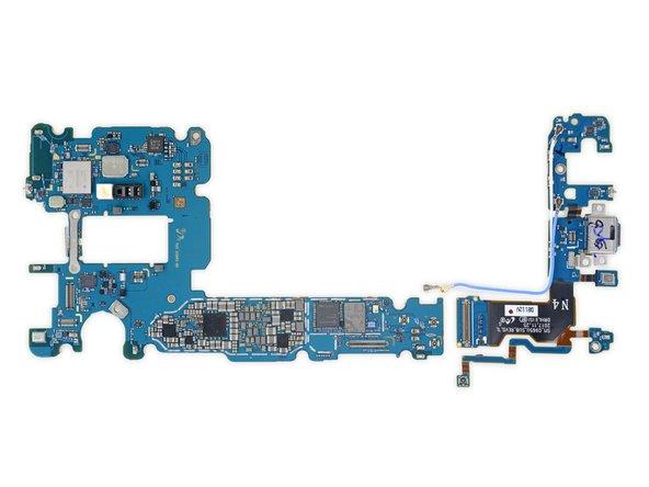 Murata KM7N16048 (probable módulo Wi-Fi / Bluetooth)