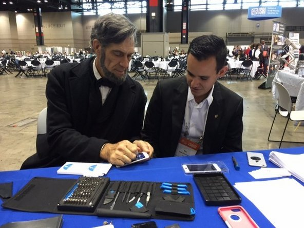 Honest Abe fights for his right to repair