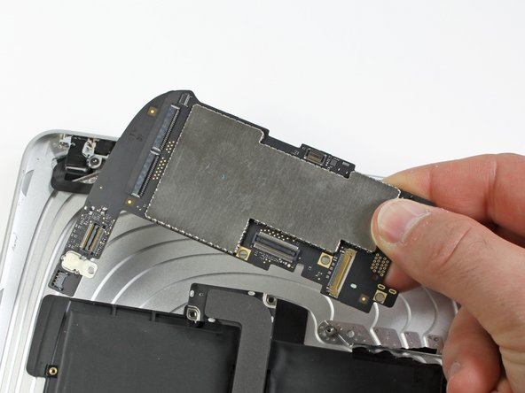 iPad Wi-Fi Logic Board Replacement