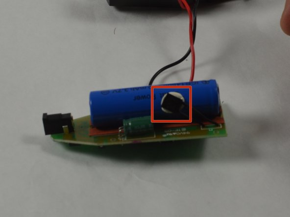 Separate the thermal switch from the battery by using a spudger to pry it from the adhesive.