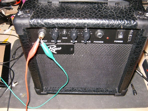 The Amp uses a 6.3mm input and output jack. Apply a sound source to the input. Still no sound from the Amp, it is time to check a bit deeper.