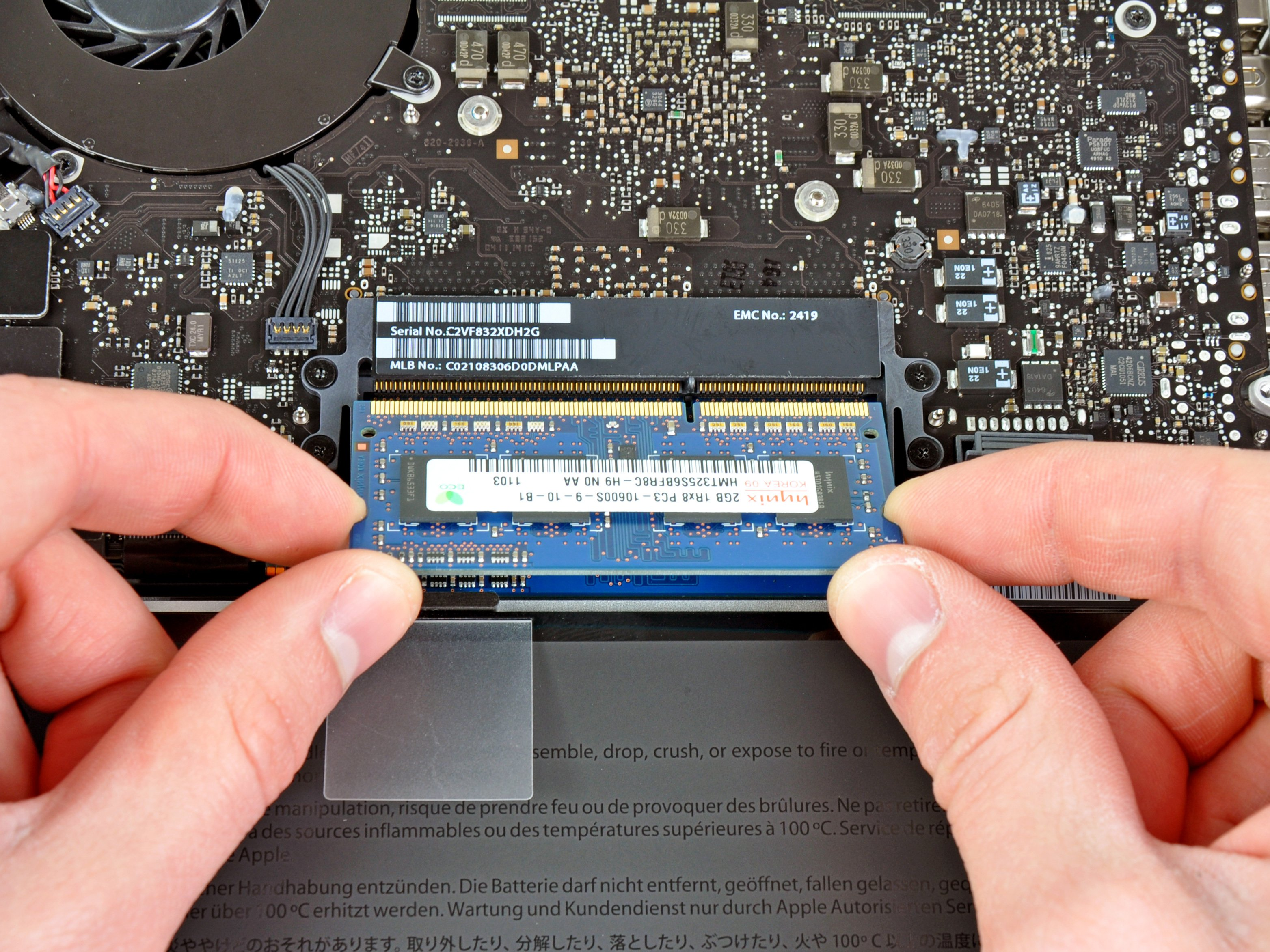 Replacing ram on macbook pro