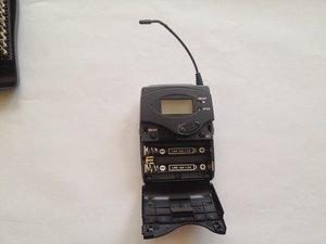 Sennheiser SK100 G3 Bodypack Transmitter button