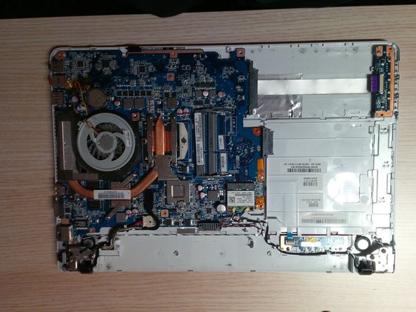 after removing the bottomplate you'll see the motherboard or mainboard ( in Belgium and the Netherlands we call it a motherboard.)