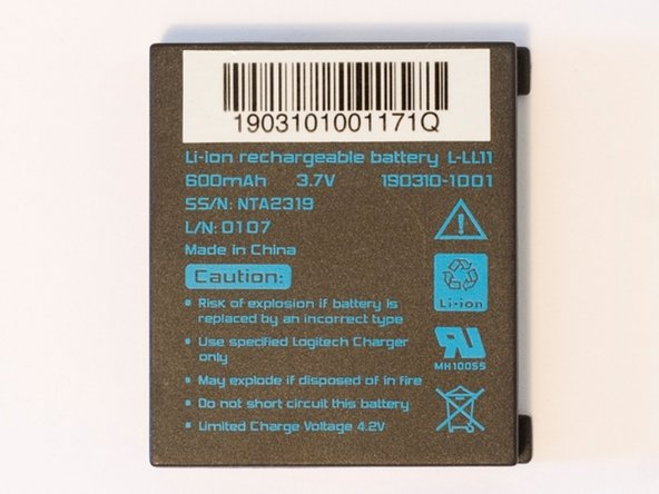 Insert the new Li-ion battery L-LL11 and you are done.