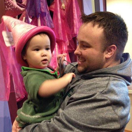 Fixer Ryan Butler with a little girl